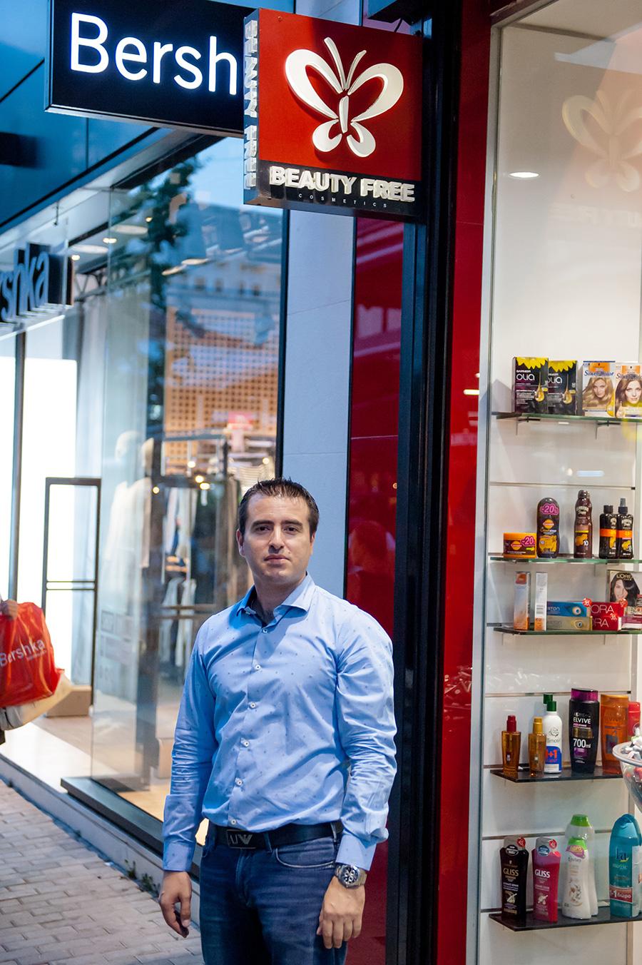 Δημήτρης Γκισάκης: Πρωτοπόρος στον χώρο της ομορφιάς