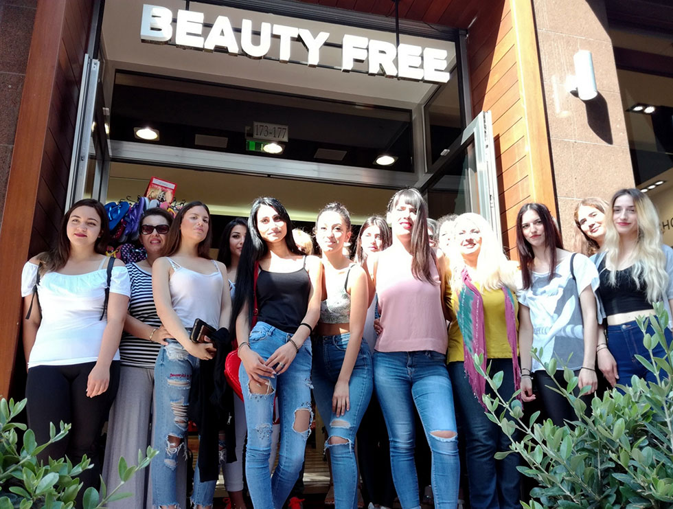 Εκπαιδευτικό σεμινάριο ομορφιάς του ΔΙΕΚ Βόλου στο κατάστημα καλλυντικών BEAUTY FREE